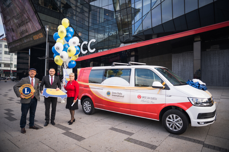 Lions Club Sarajevo donanated a mobile team van worth 90.000 KM