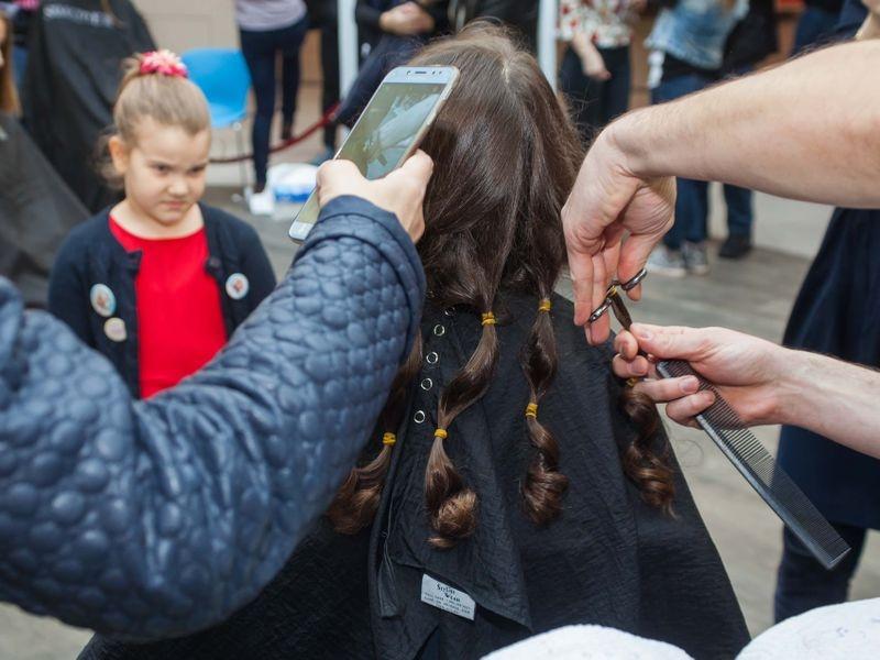 Akcija šišanja i doniranja kose u Tuzli 3