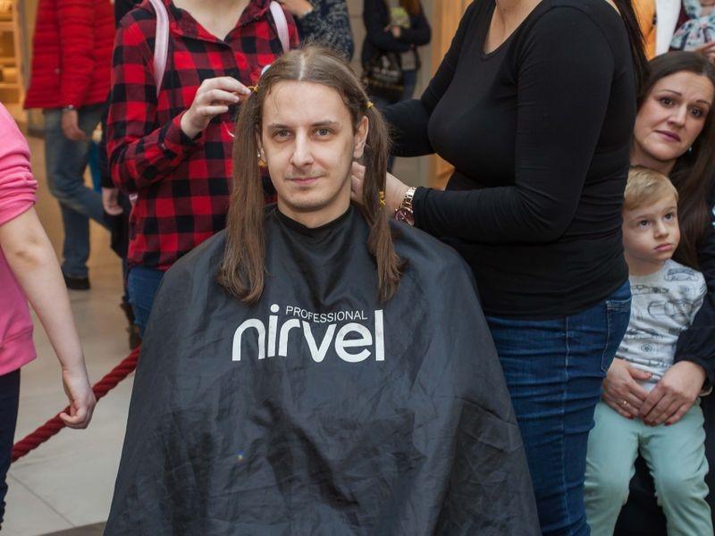 Akcija šišanja i doniranja kose u Tuzli 8