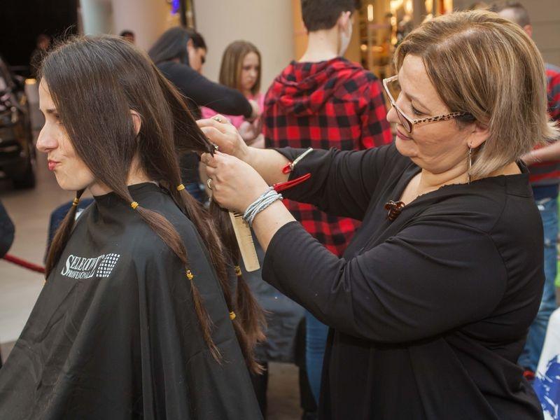 Akcija šišanja i doniranja kose u Tuzli 10